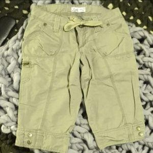New L.e.i. Sage Green Cargo Shorts Sz. 5